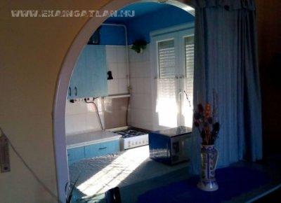 Adria sétánynál eladó lakás