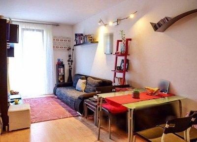 ALSÓRÁKOSON 2006-ban épült 1+1 félszobás lakás eladó