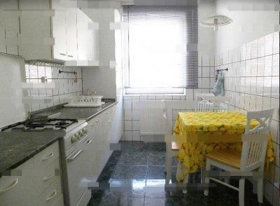 ALSÓRÁKOSON 52 nm-es, 2000-ben épült lakás ELADÓ