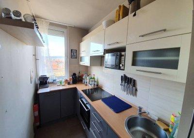 ALSÓRÁKOSON 1+1 félszobás felújított lakás eladó