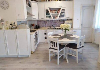 Zuglóban újszerű 1+2 félszobás lakás eladó