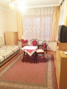 ZUGLÓ KÖZELÉBEN eladó 90 nm-es családi ház